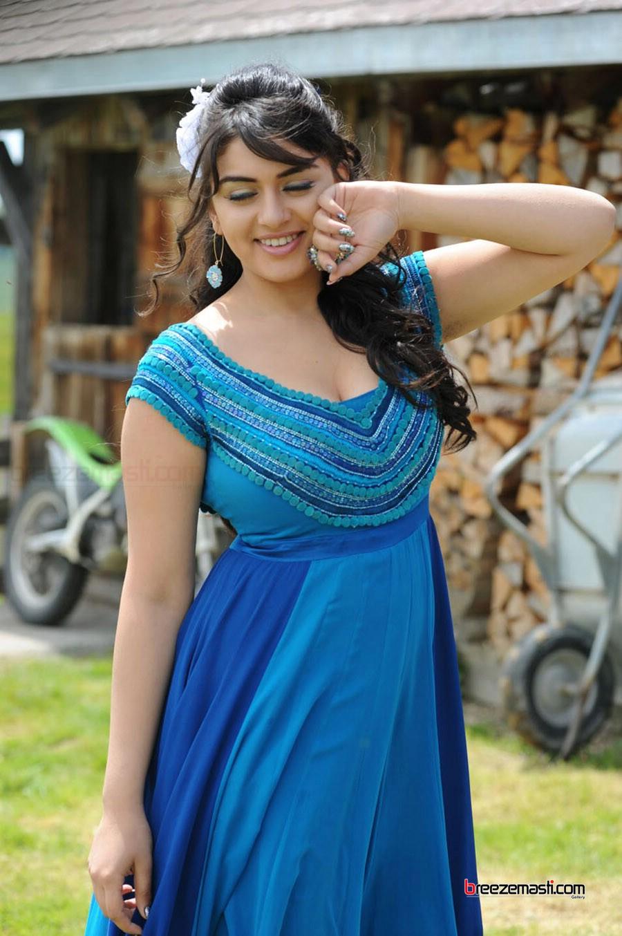 tamil-actress-hansika-wallpapers-001 – adorable wallpapers