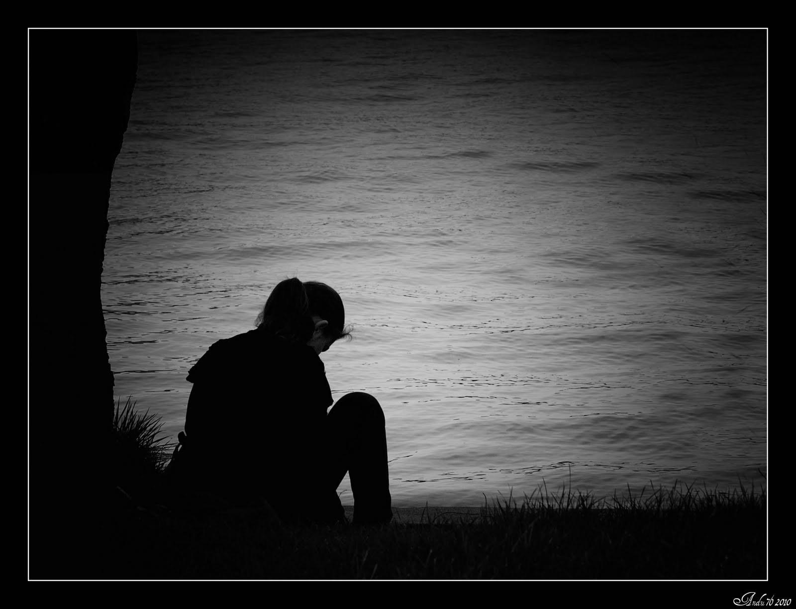 Heart Touching Hd Sad Girl Wallpaper For Broken Heart Alone Girl 1600x1224