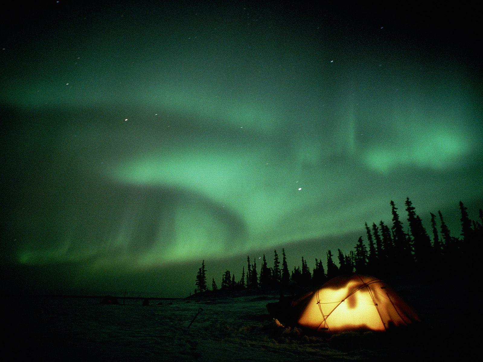 What Causes The Aurora Borealis Northern Lights Wallpaper Aurora
