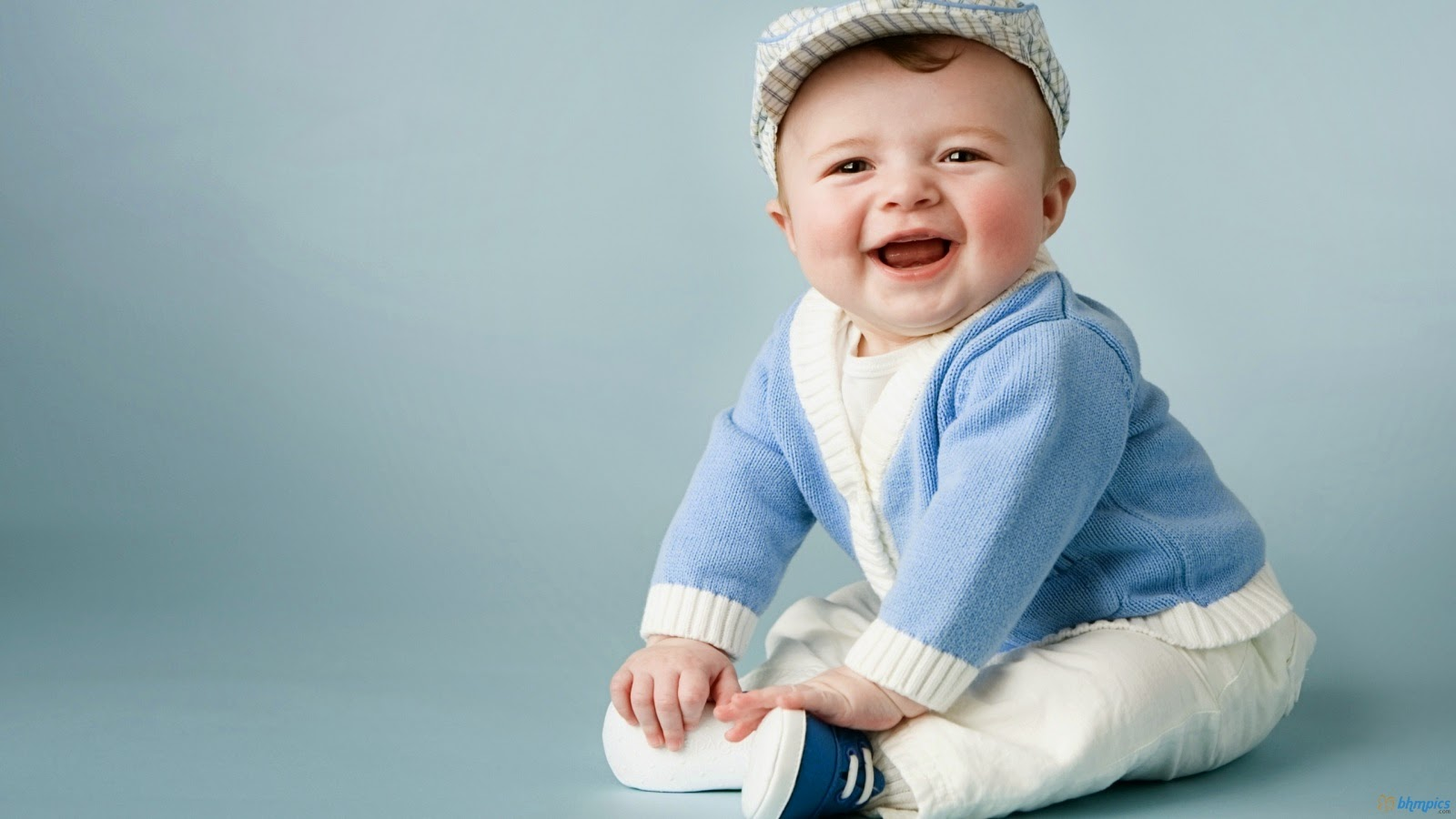 Cute Baby Smile HD Wallpapers Pics Download  HD Walls 1600x900