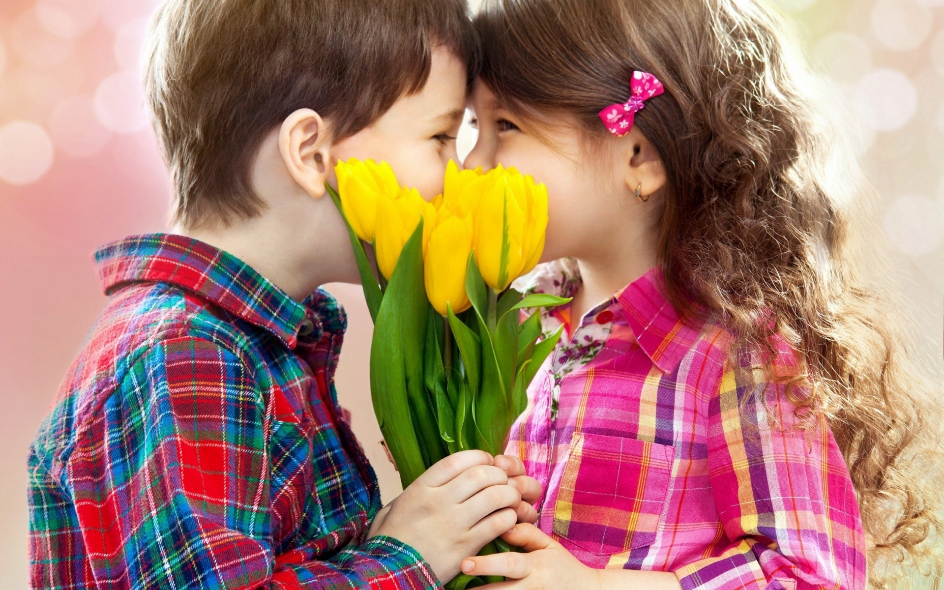 Happy Baby Kiss Day Wallpaper Dowanload Collection  Only hd 1920x1200