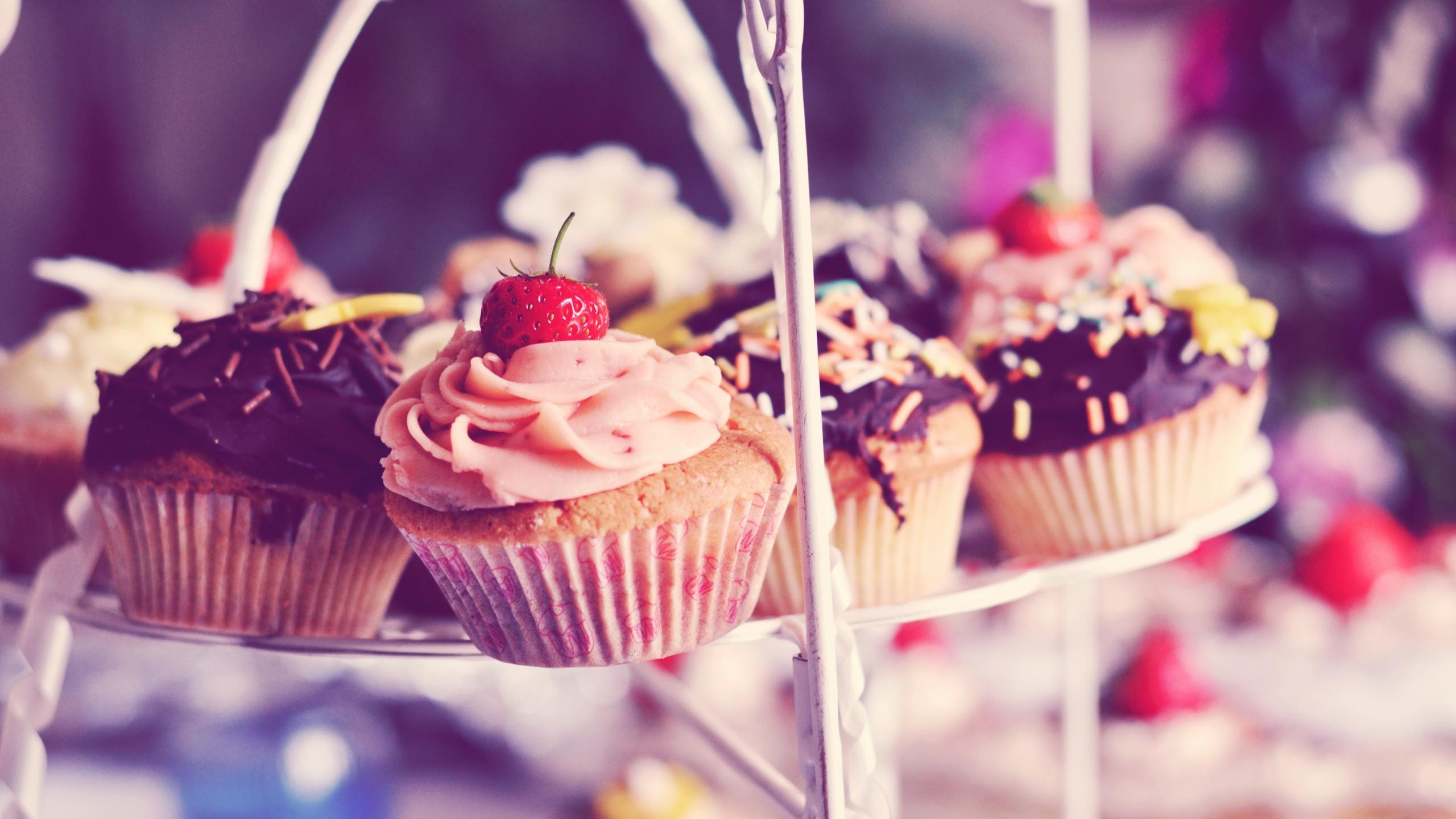 cupcakes Inspiración e ideas originales de recetas de cupcakes y magdalenas, de chocolate, con coberturas o veganos, decoración, utensilios de repostería, libros.