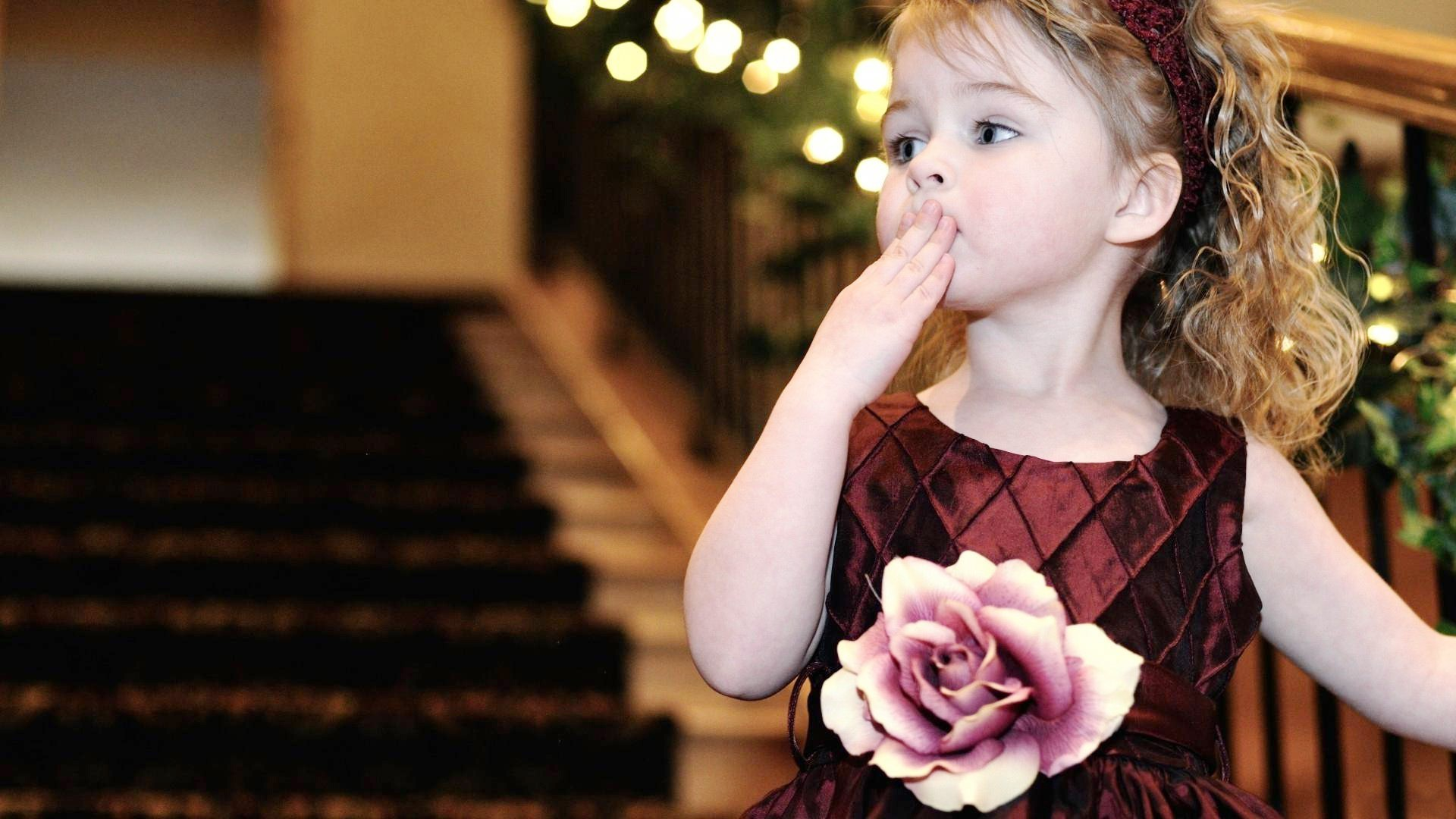 Pics Love Wallpapers Kiss Baby Pictures Www Picturesboss Com