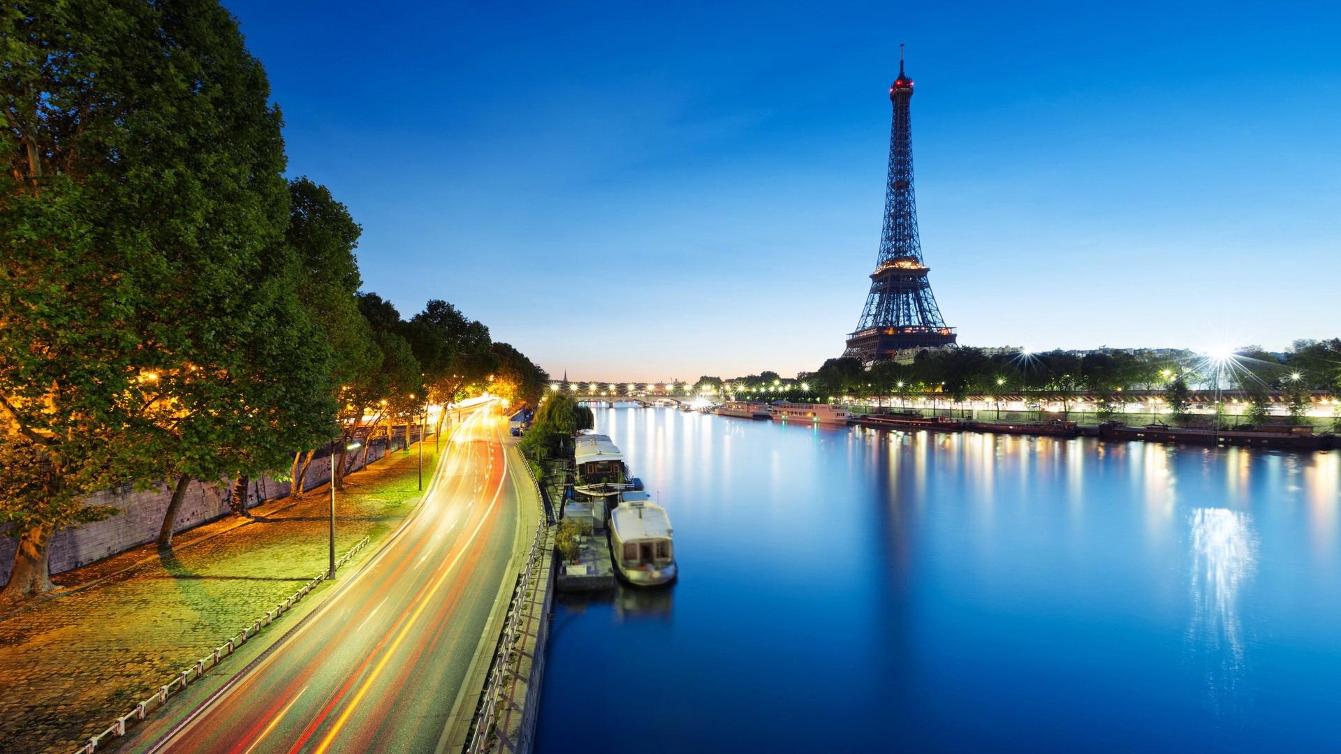 Eiffel Tower Hd Desktop Wallpaper High Definition Fullscreen