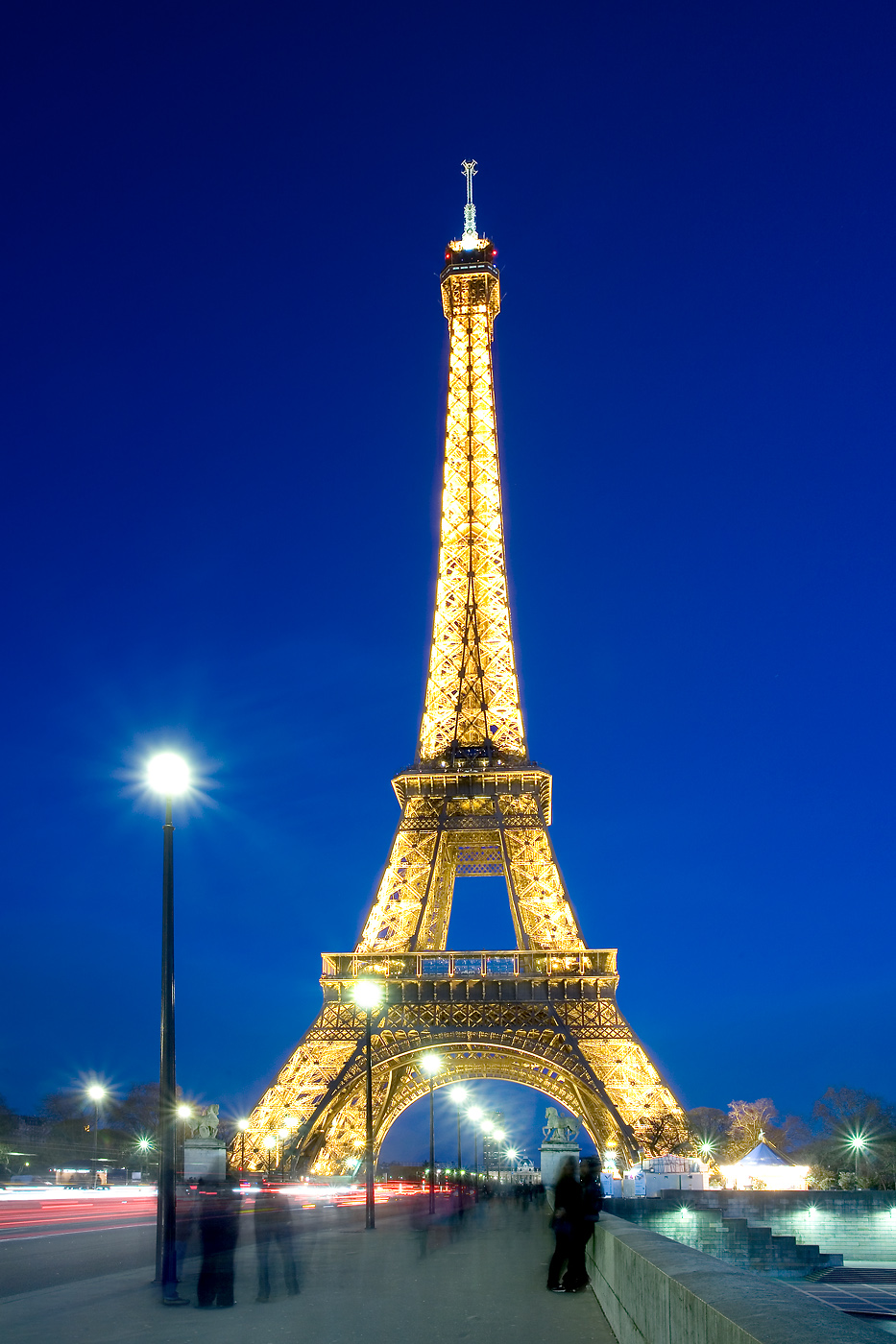 Eiffel Tower Hd Wallpapers 933x1400