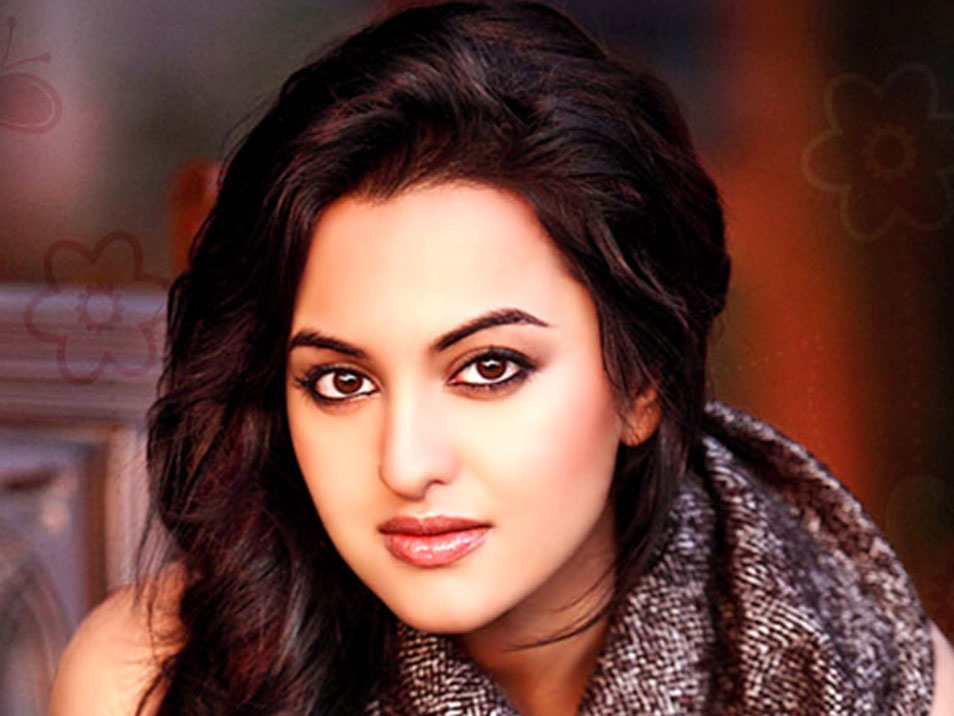 Free Sonakshi Sinha Wallpapers (45 Wallpapers)
