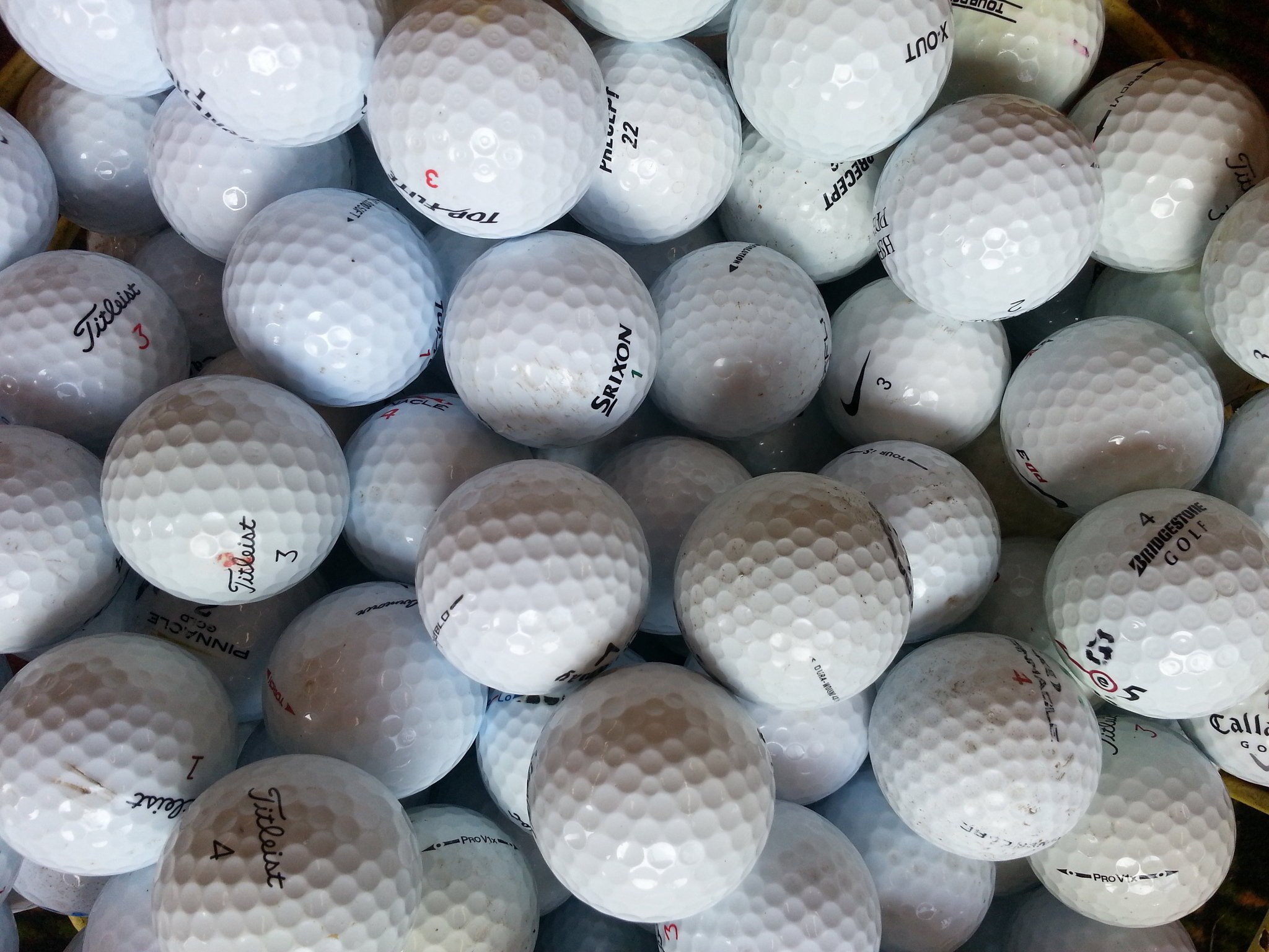 Golf Ball Wallpapers Photo Nike Hd Course 2048x1536