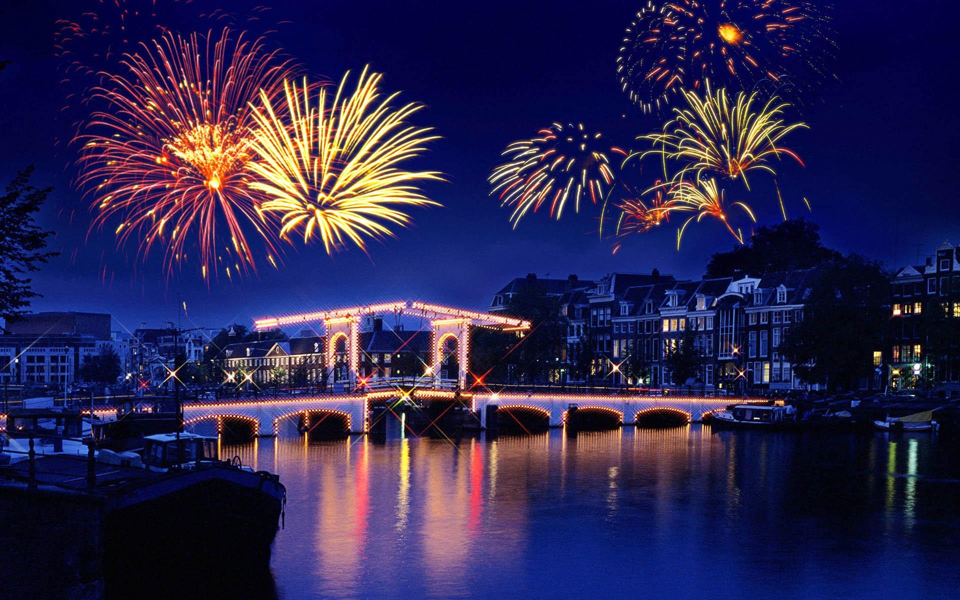 Happy New Year Images Wallpapers Pics Download Hindi Shayari