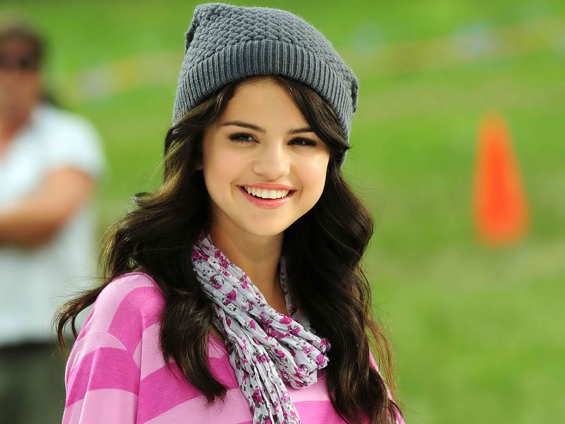+ images about Selena Gomez Wallpapers on Pinterest 1920x1440