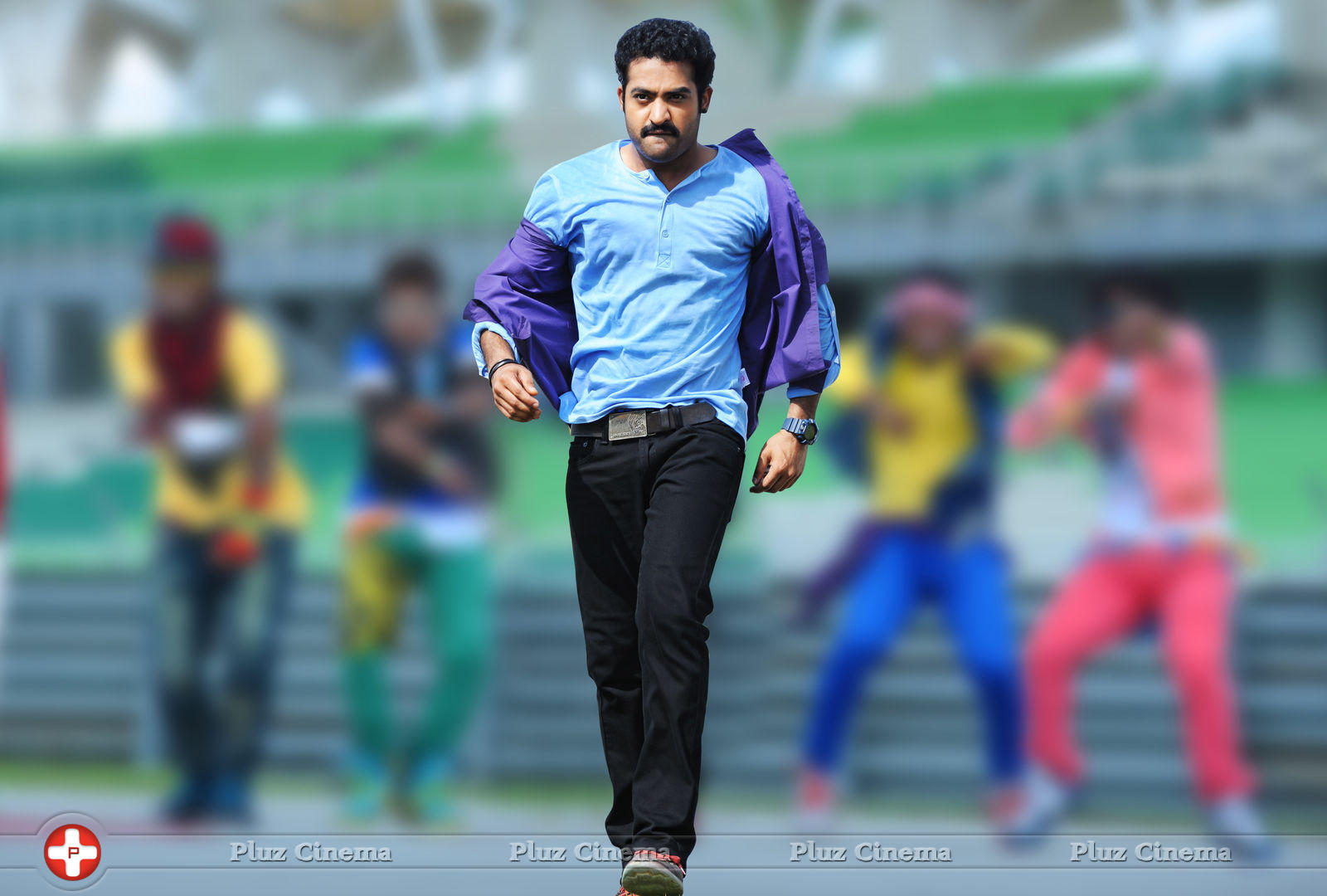 Jr NTR New Photos in Baadshah  1600x1080
