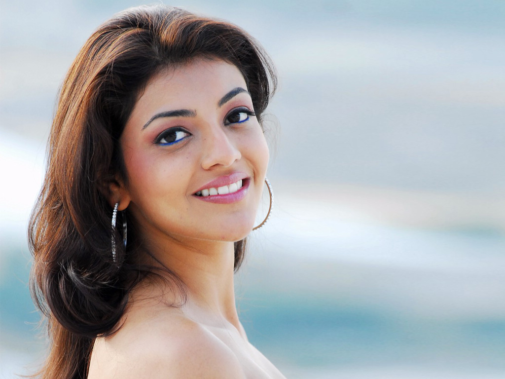kajal agarwal hot hd wallpapers p youtube 1024x768
