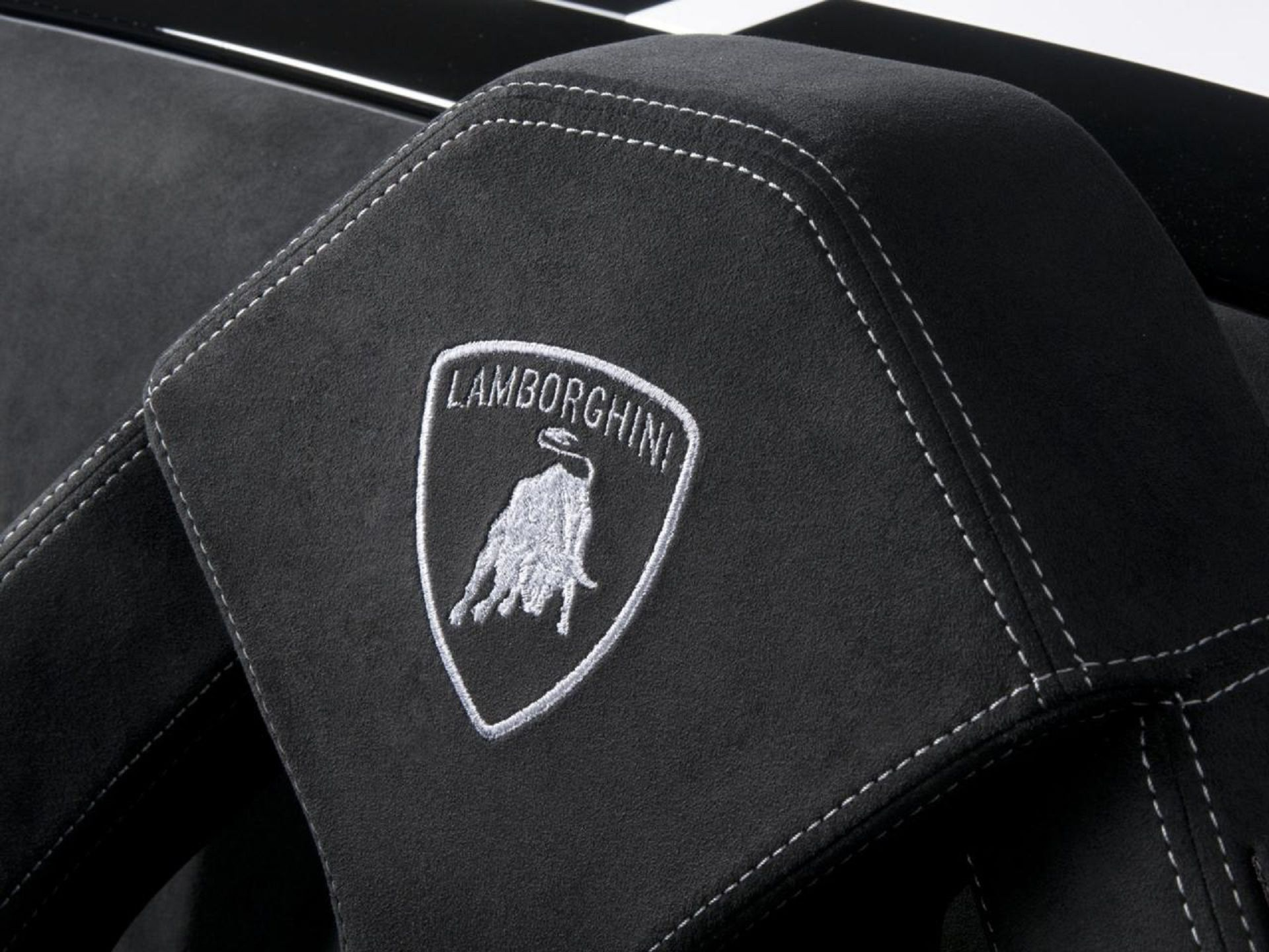 Lamborghini Logo Wallpapers Wallpaper 1920x1440
