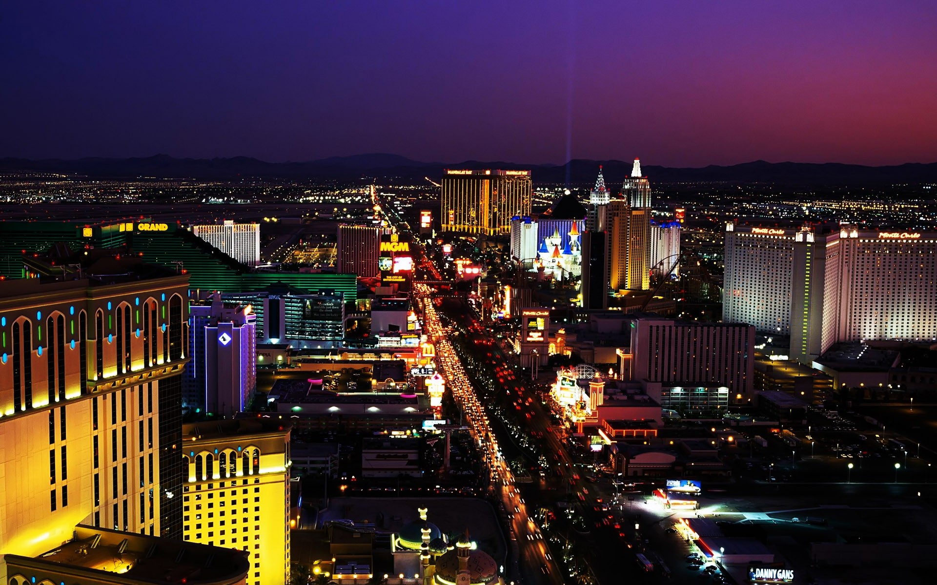 Las Vegas Wallpaper Picture ~ Sdeerwallpaper 1920x1200