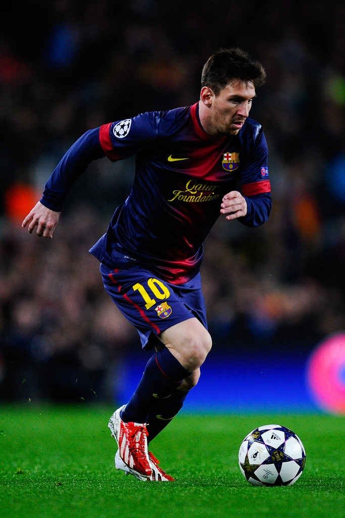 Lionel Messi Wallpapers HD download free  PixelsTalk Lionel Messi HD wallpapers free download 683x1024