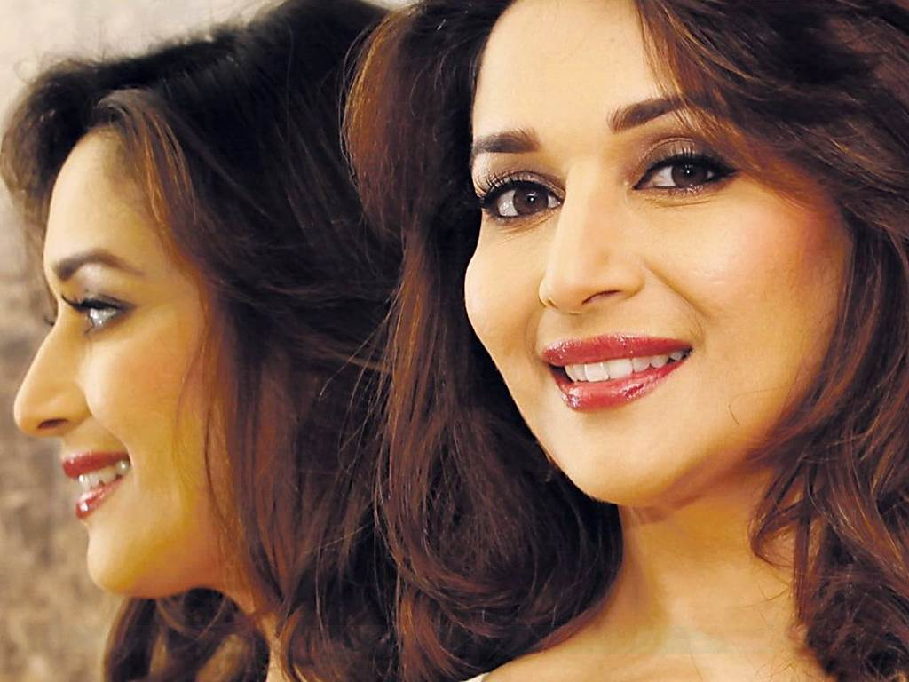 Madhuri Dixit Hd Wallpapers Group 1024x768