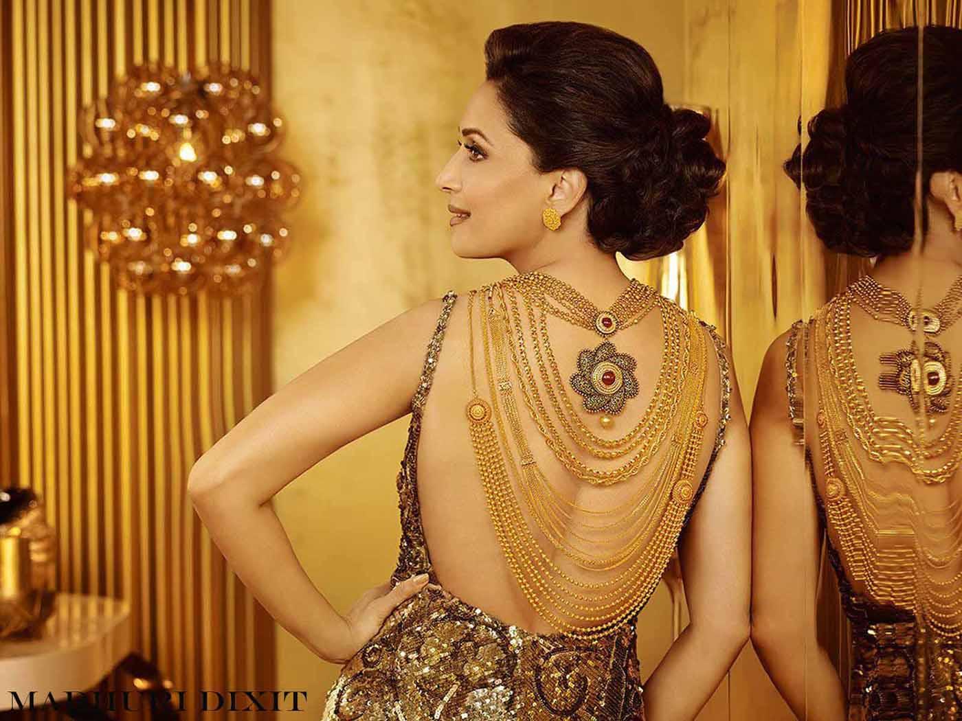 Madhuri Dixit Hot Photos Hot Images Hot Pics Hd Images 1400x1050