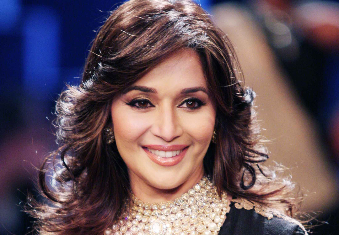 Wallpaper download madhuri dixit - Madhuri Dixit Hd Wallpapers Free Download Hdphotopoint Madhuri Dixit Wallpapers High Resolution And Quality Download 1080x750