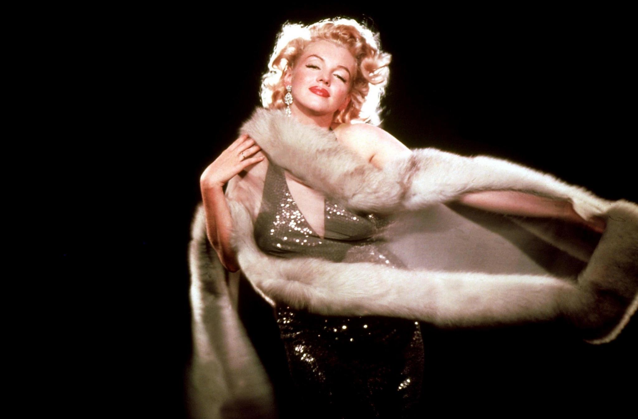 Beautiful Marilyn Monroe Wallpapers For IPhone Devlounge 2048x1344