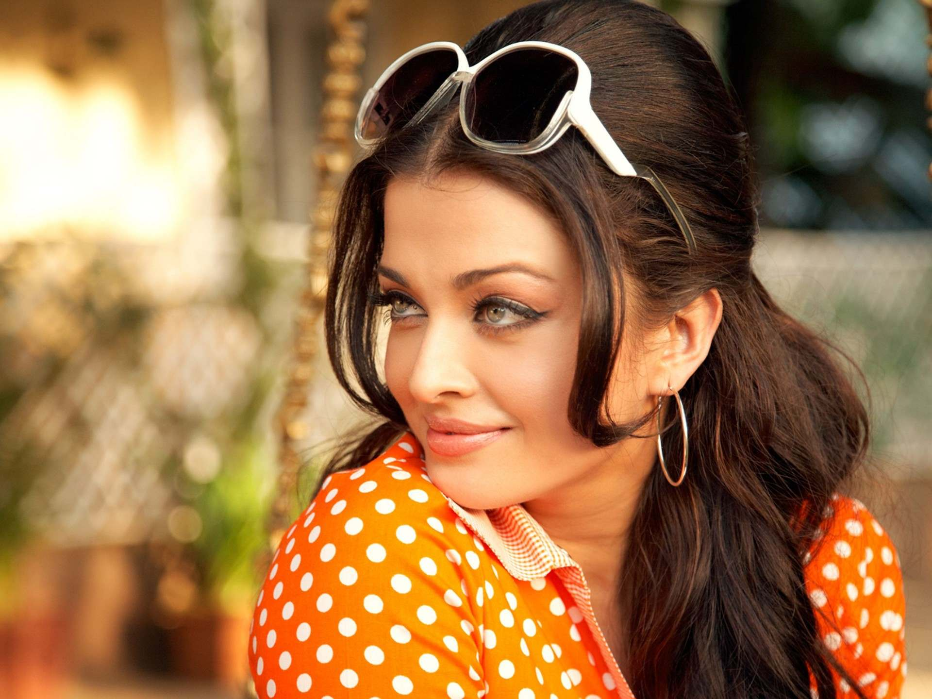 Aishwarya Rai Wallpaper  D Wallpaper  Nature Wallpaper  Free 1920x1440