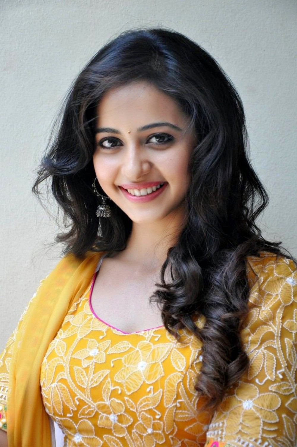 rakul preet singh hd wallpapers p images pics photos 1000x1505