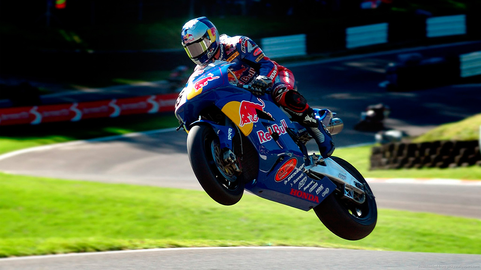 RedBull Wallpapers Group  1600x900