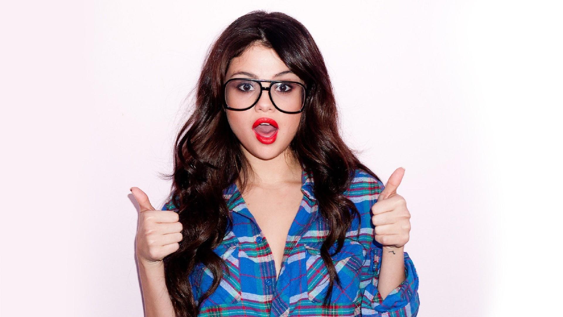 Ideas About Selena Gomez Hd Wallpapers On Pinterest 1920x1080