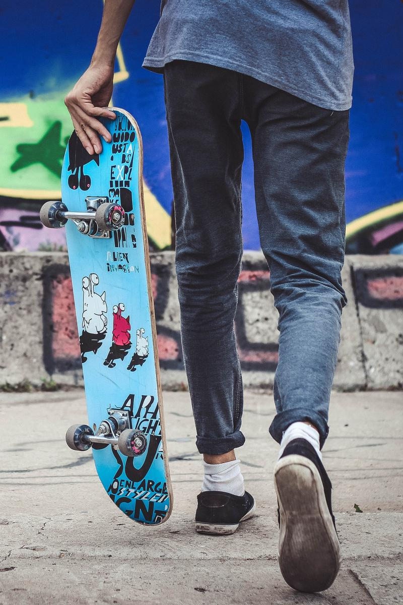 Skater Wallpaper For Iphone X Free Download On Rh Wallpapers Fr