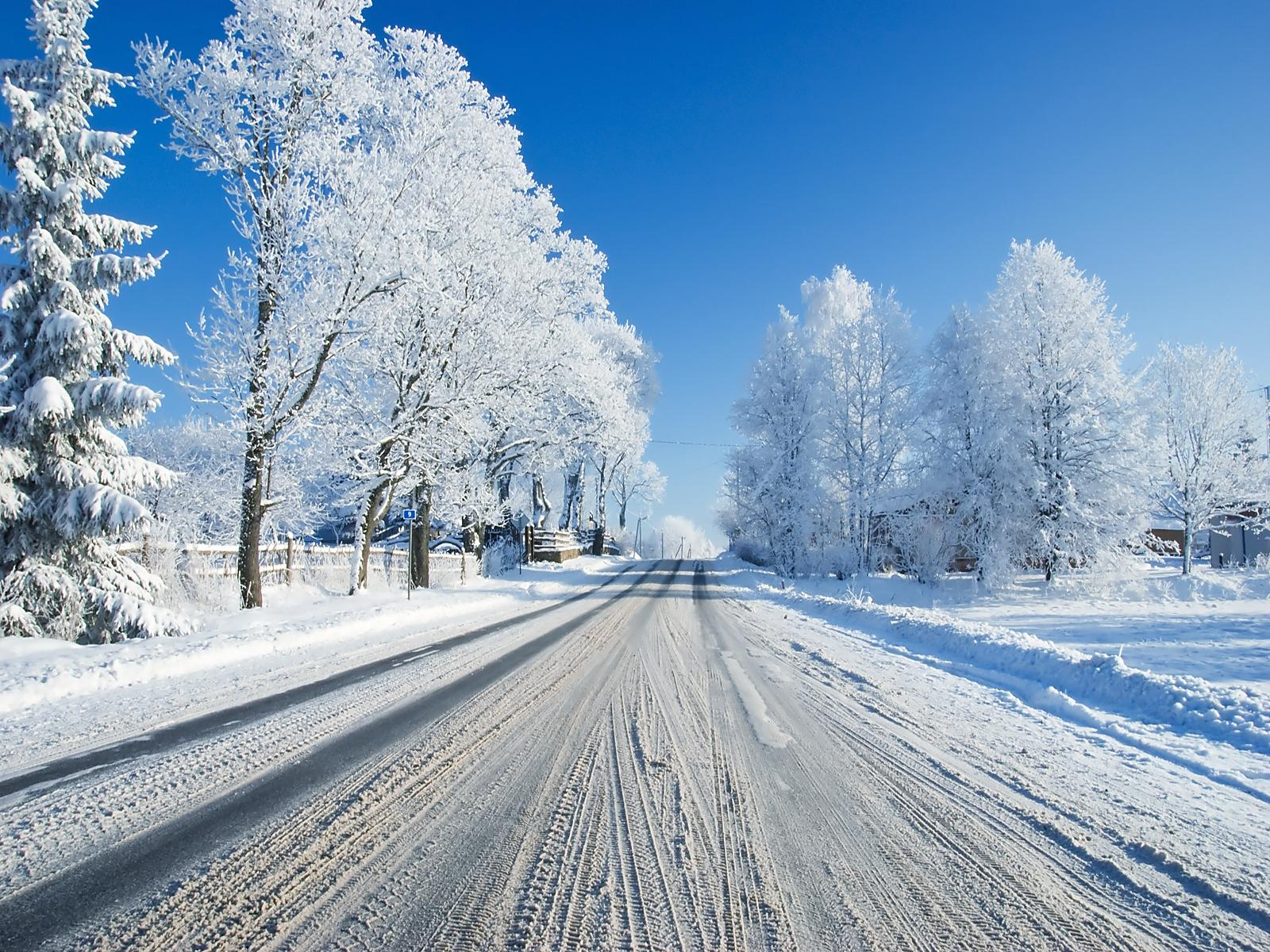 Beautiful Snowfall Season Wallpapers Warm Breath Feelings 1600x1200