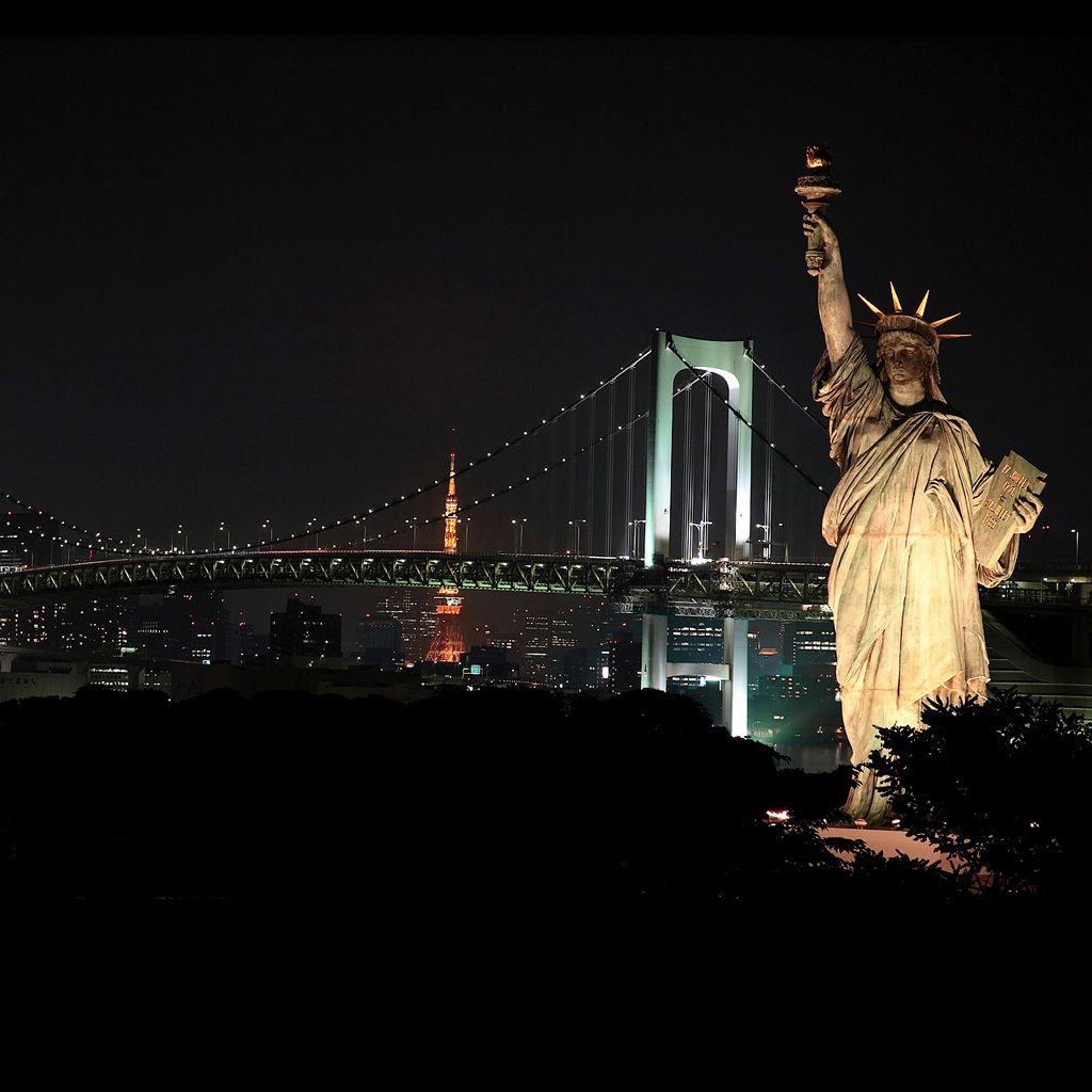 Lady Liberty IPhone Plus Wallpaper 1024x1024