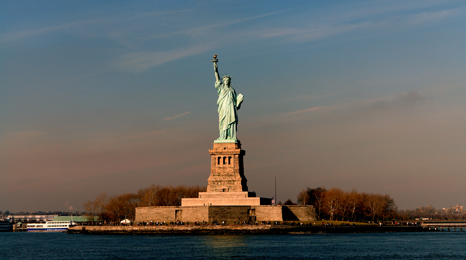 Sky Touching Statue Of Liberty Wallpaper HD Wallpapers 1920x1073