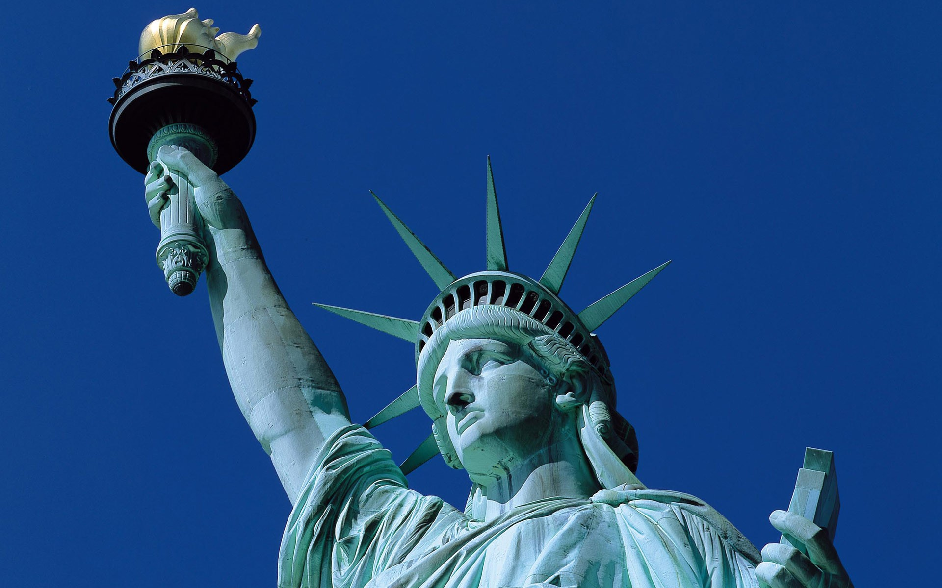 Headless Statue of Liberty iPhone  Wallpaper  1920x1200