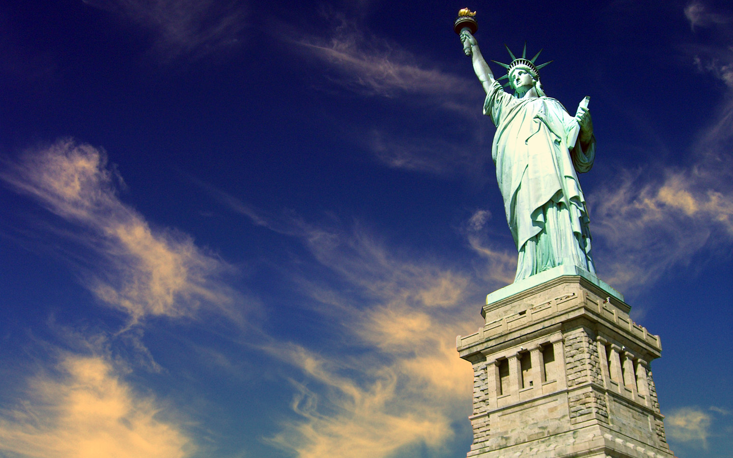 Statue Of Liberty HD Wallpapers  Backgrounds  Wallpaper  1440x900