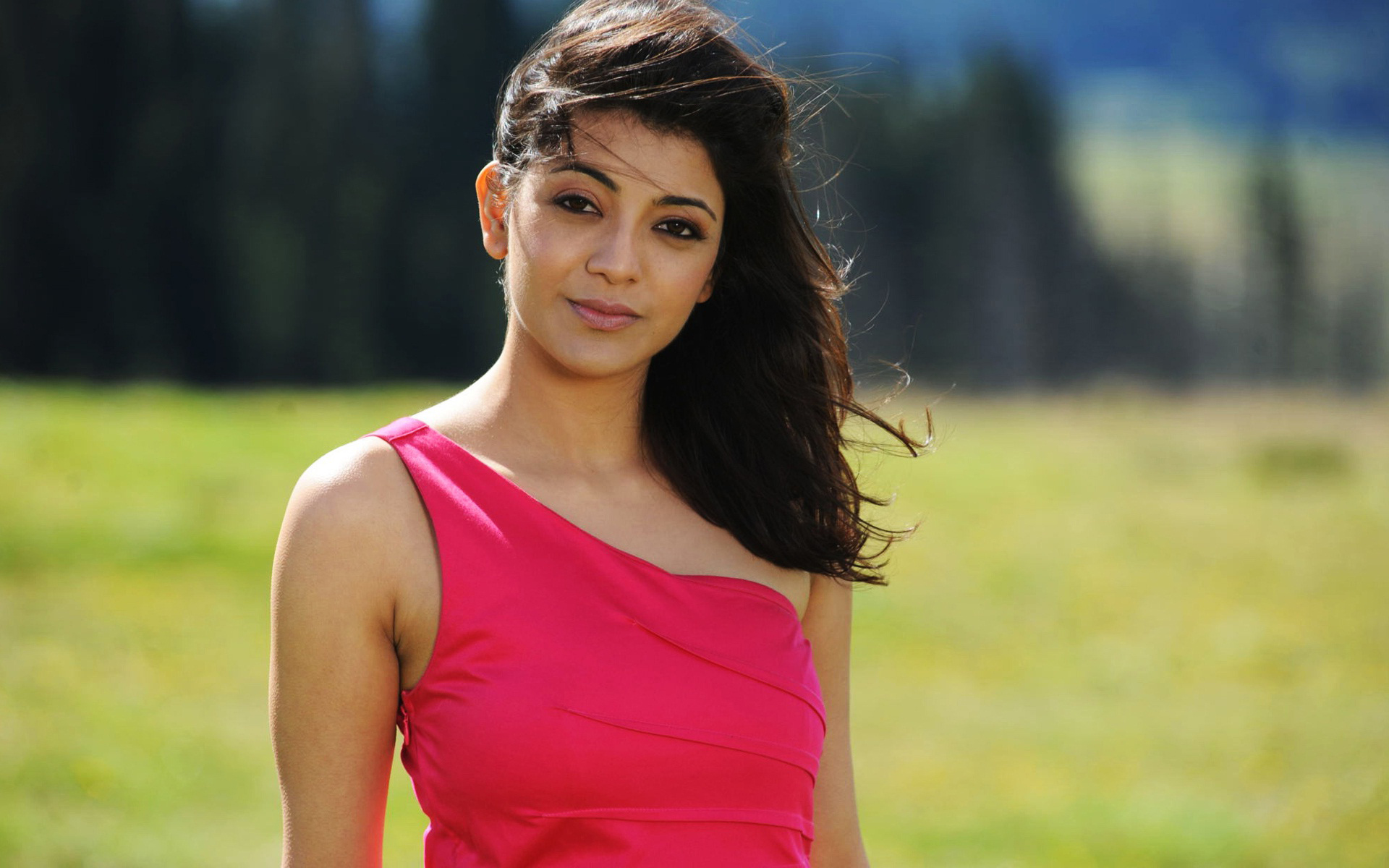 beautiful tamil actress kajal agarwal hd wallpapers te tamil actress