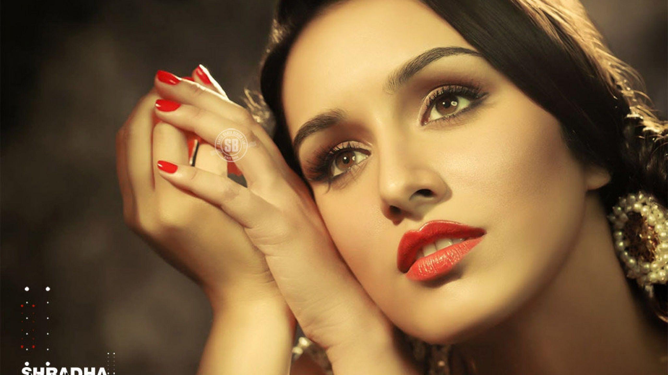 Shraddha Kapoor Beautiful New Look Hd Wallpaper 2560x1440