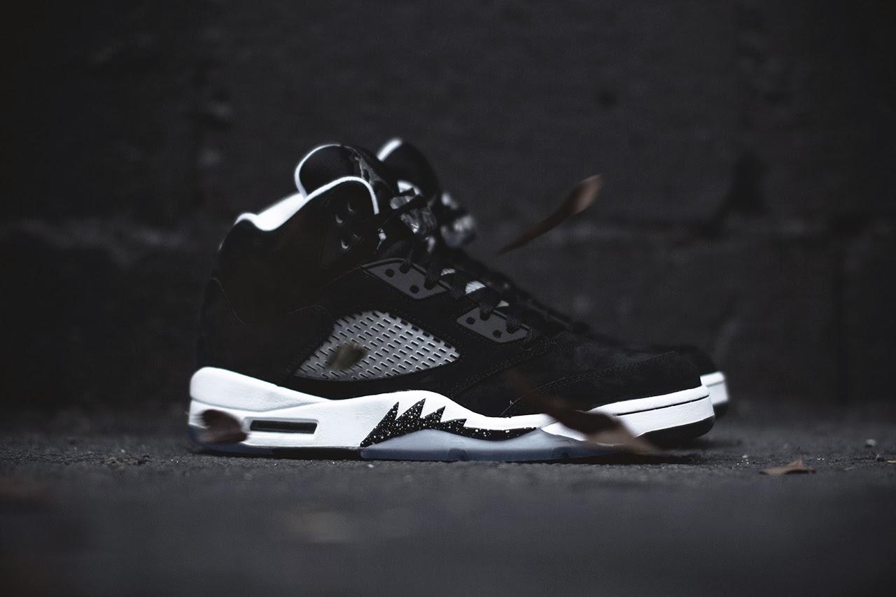 Download Free Air Jordan Shoes Wallpapers PixelsTalk jordan iphone wallpaper 1280x853