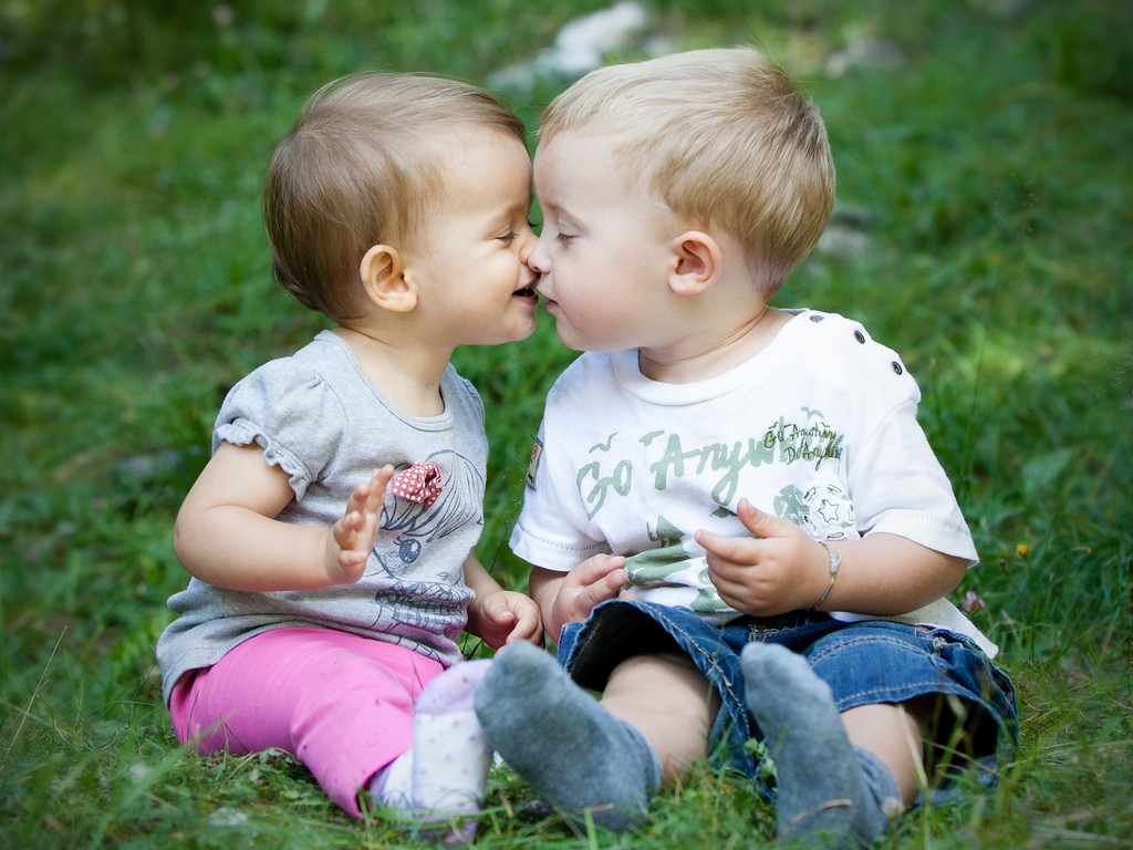 Uncategorized Kids Kiss Wallpaper baby kiss images wallpapers 30 adorable hd for desktop on day