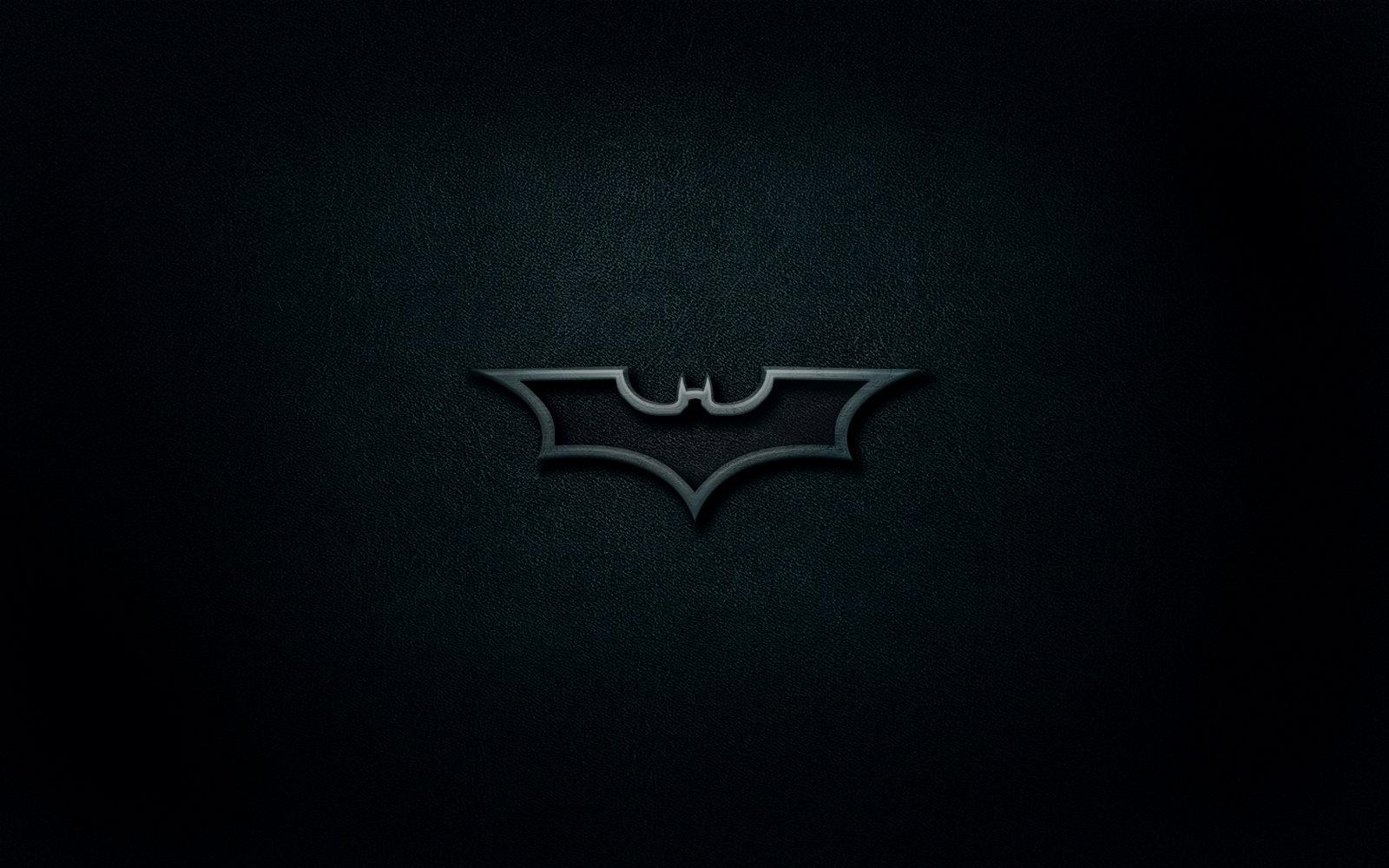 Black And White Batman Wallpaper 1600x1000