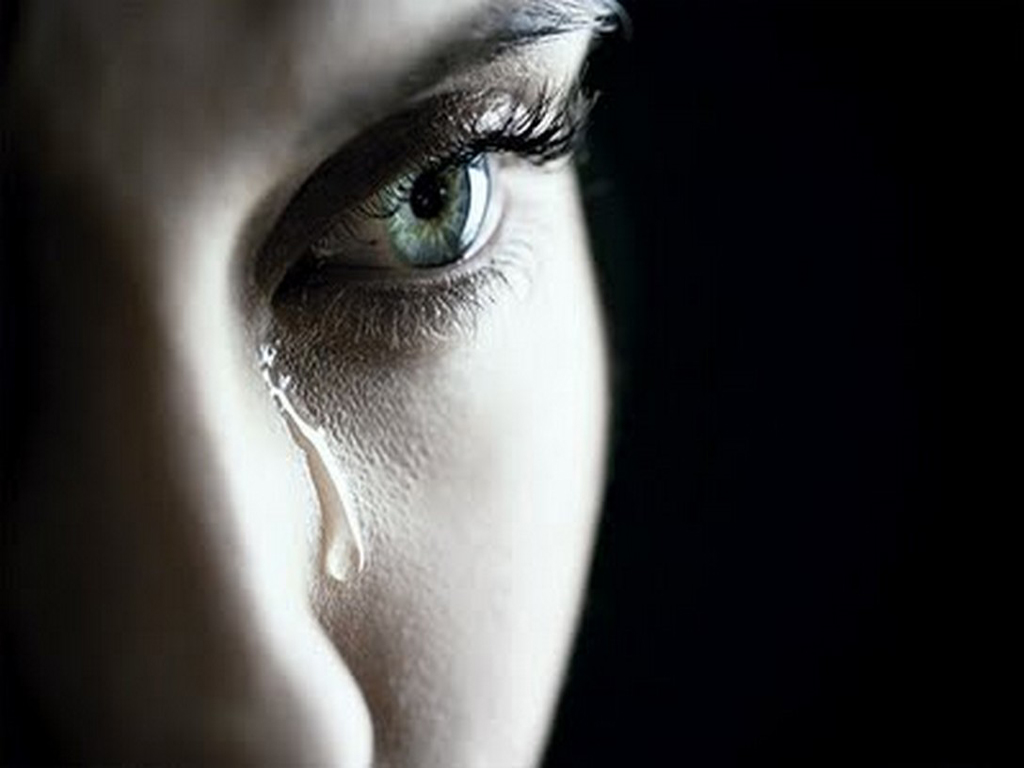Watch more like crying girl sad alone wallpaper 1024x768