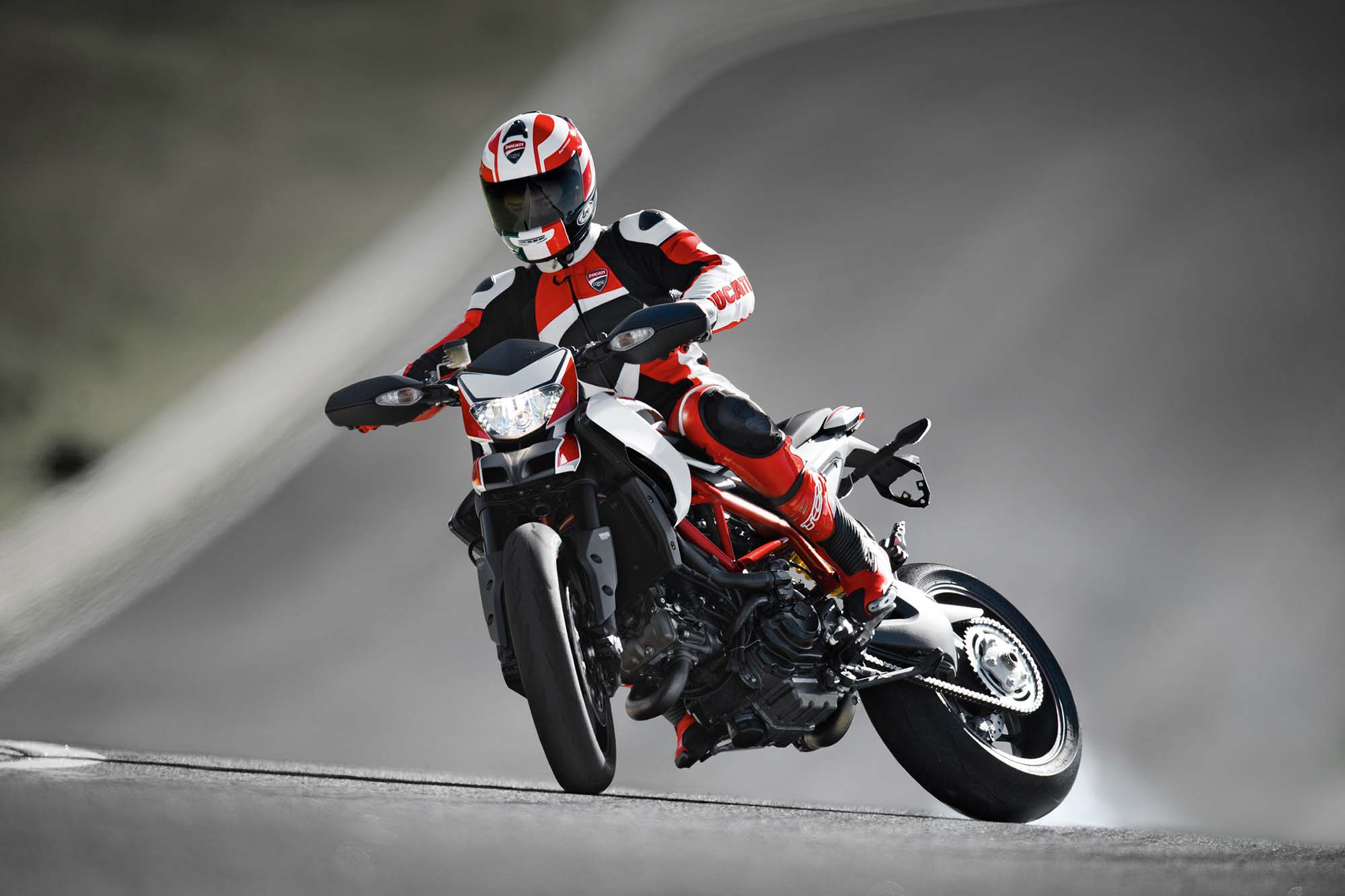 images about Ducati  Wallpaper on Pinterest 2000x1332