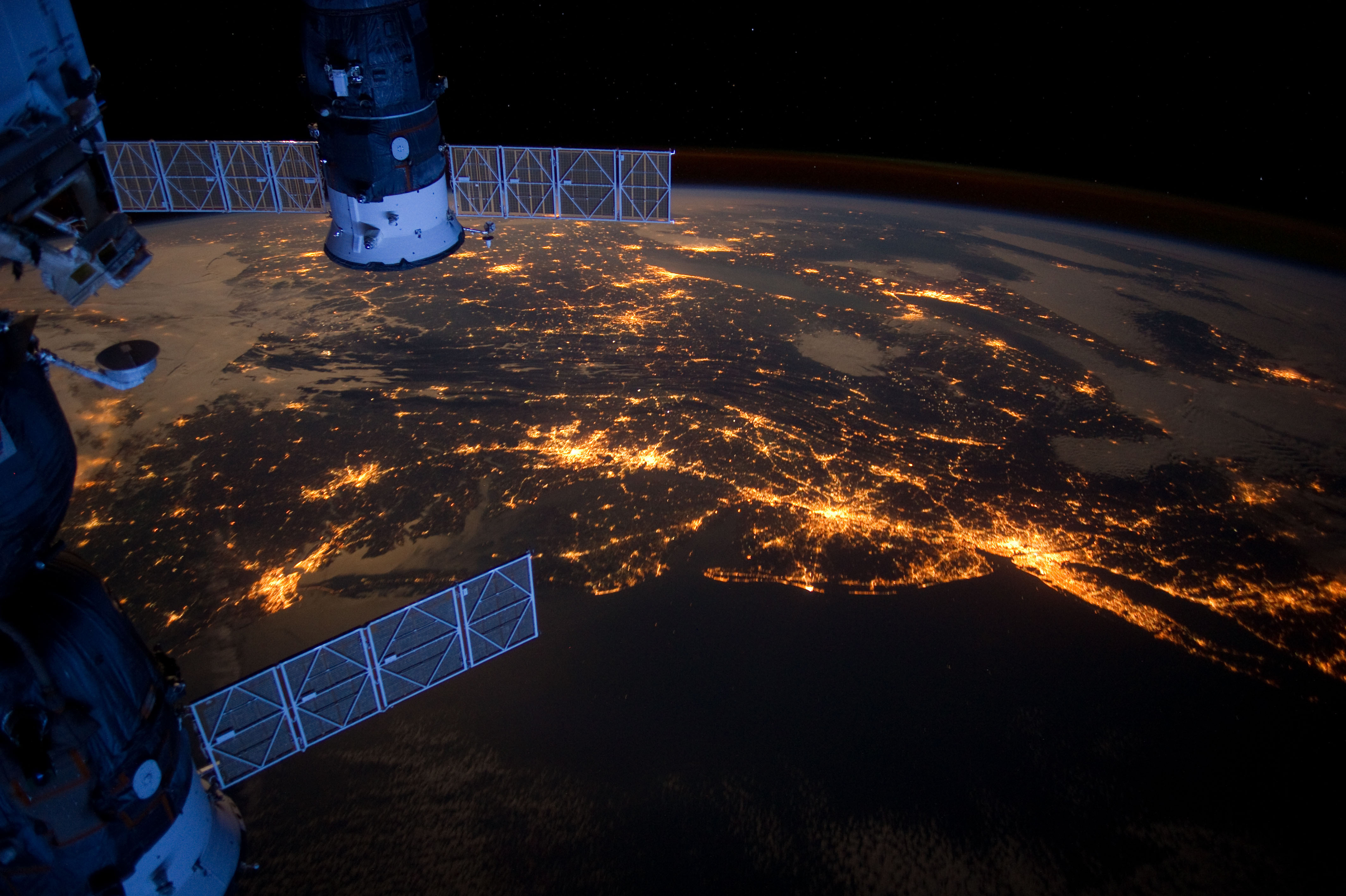 pictures from space - HD2600×1730