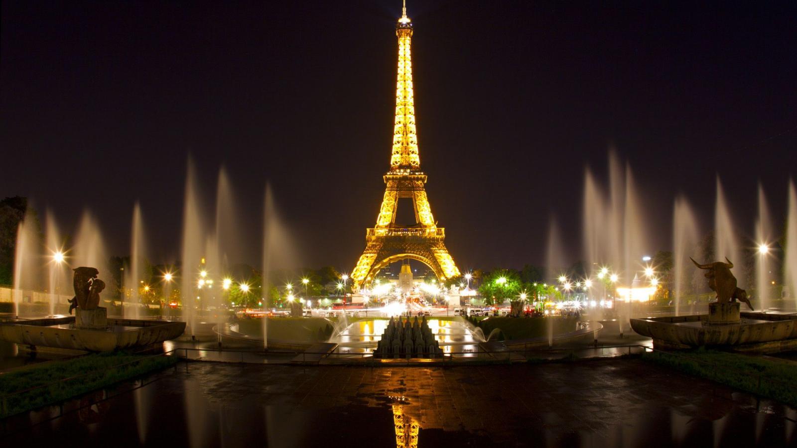 Hd Eiffel Tower Wallpaper Pixelstalk Desktop Eiffel Tower Hd Wallpapers Pixelstalk Eiffel Tower Paris France Hd Desktop Wallpaper High Definition 1600x900