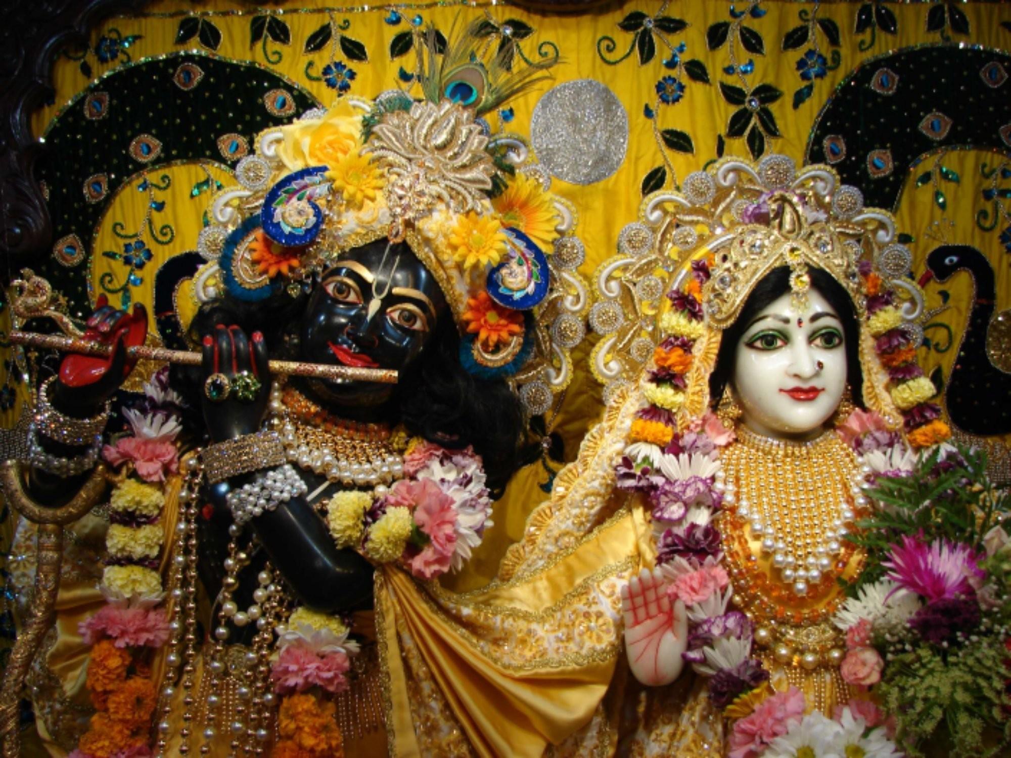 Free wallpapers of Lord Krishna for desktop49