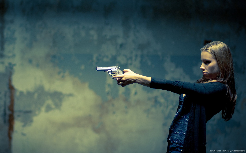 gun girl computer wallpapers - photo #2