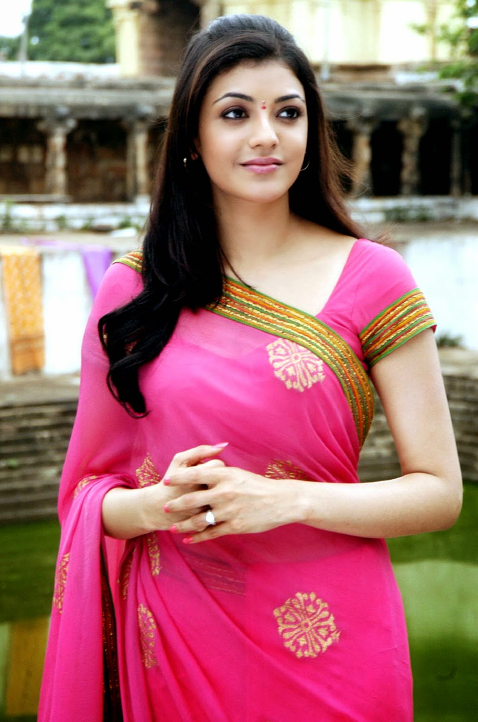 SOUTH INDIAN ACTRESS wallpapers in HD Kajal Agarwal latest