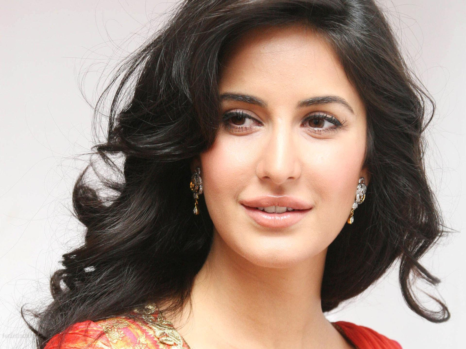 katrina kaif hd wallpaper free download 1920x1440
