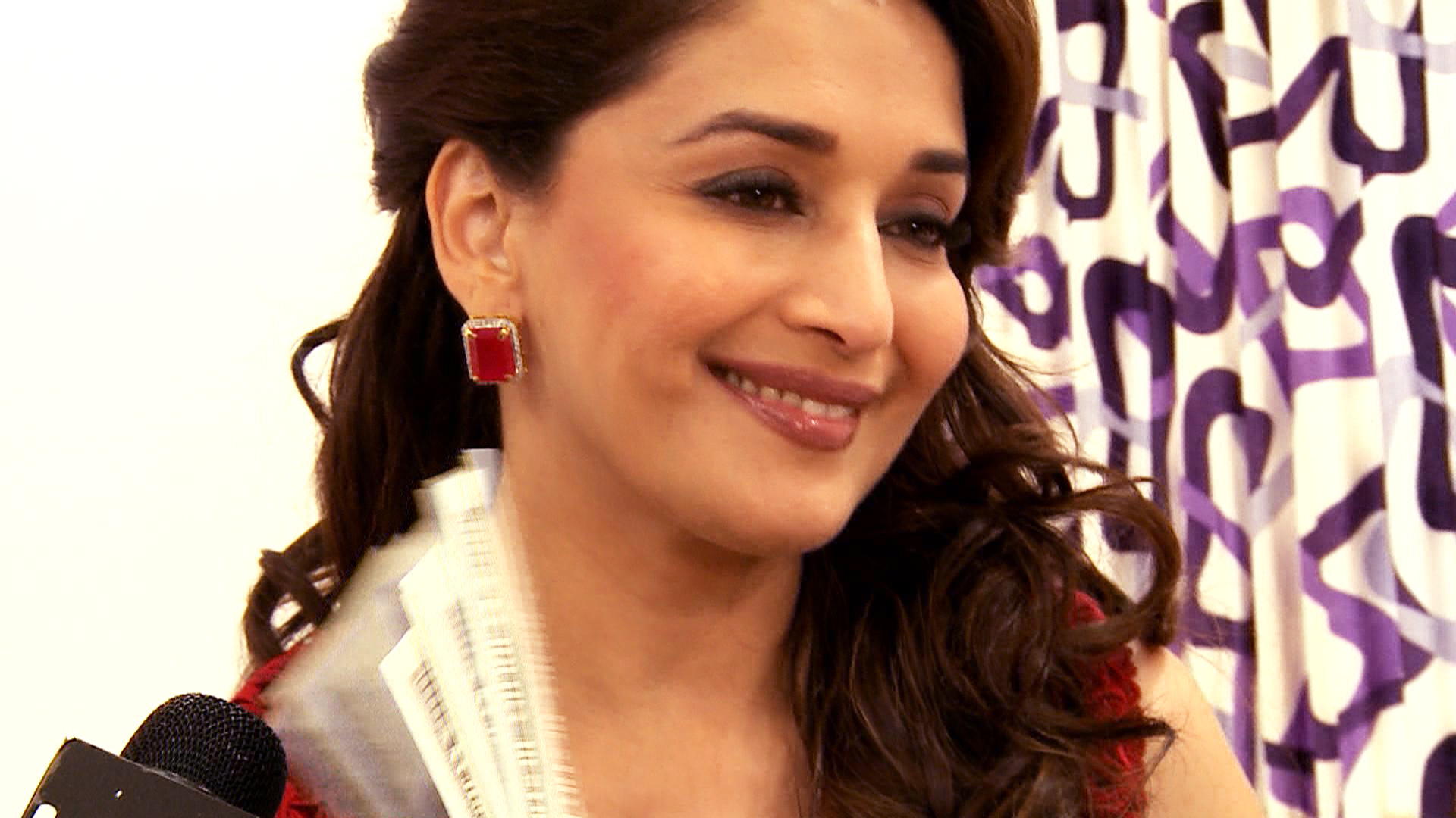 Madhuri Dixit Wallpapers HD (54 Wallpapers) - Adorable Wallpapers