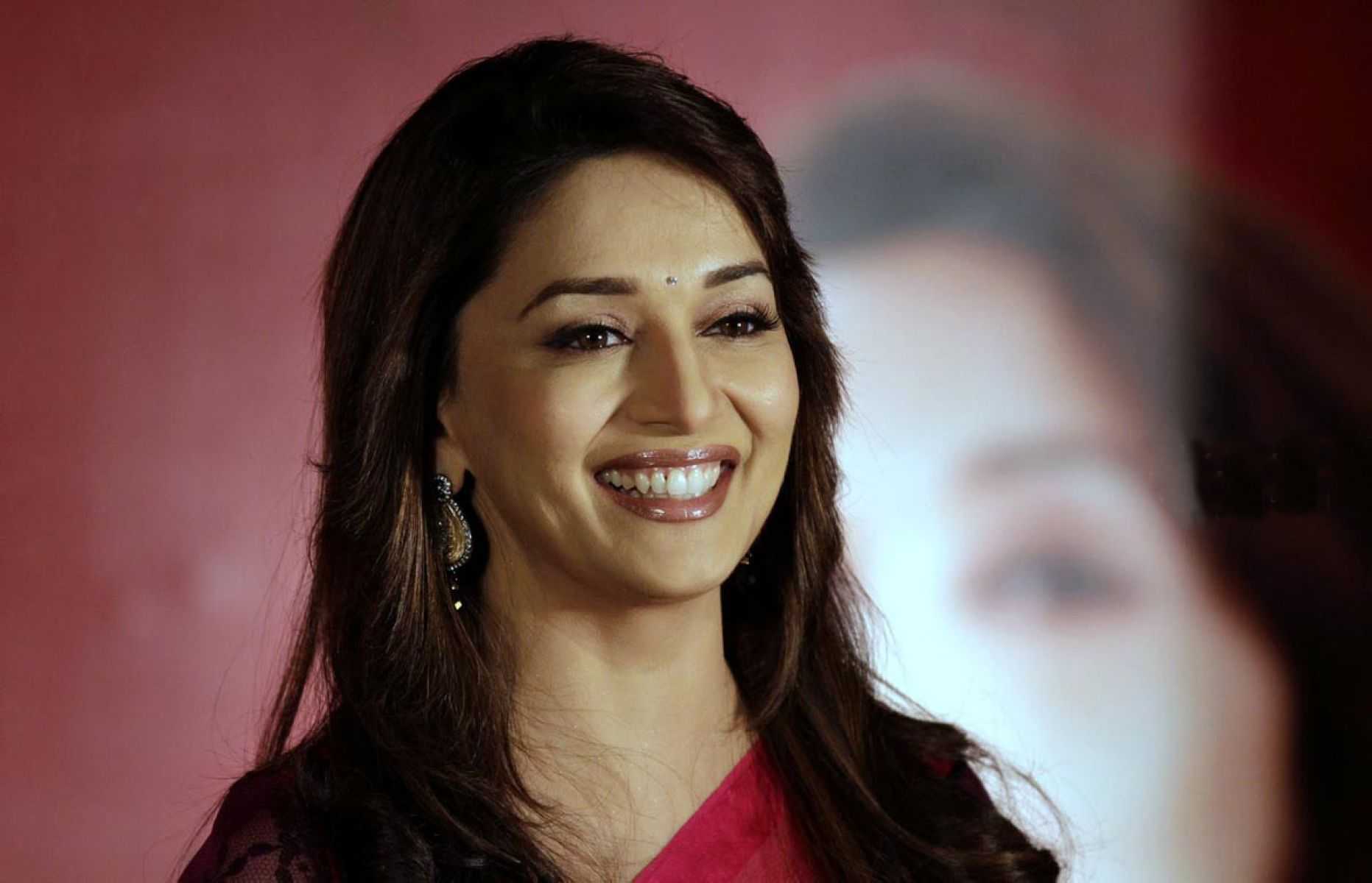 Madhuri Dixit HD Wallpapers (53 Wallpapers) - Adorable Wallpapers