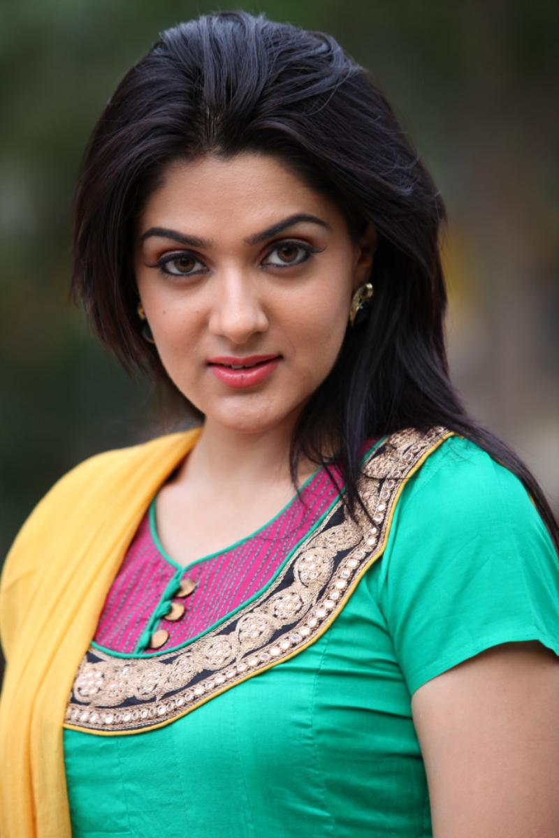 tollywood hot heroines pictures