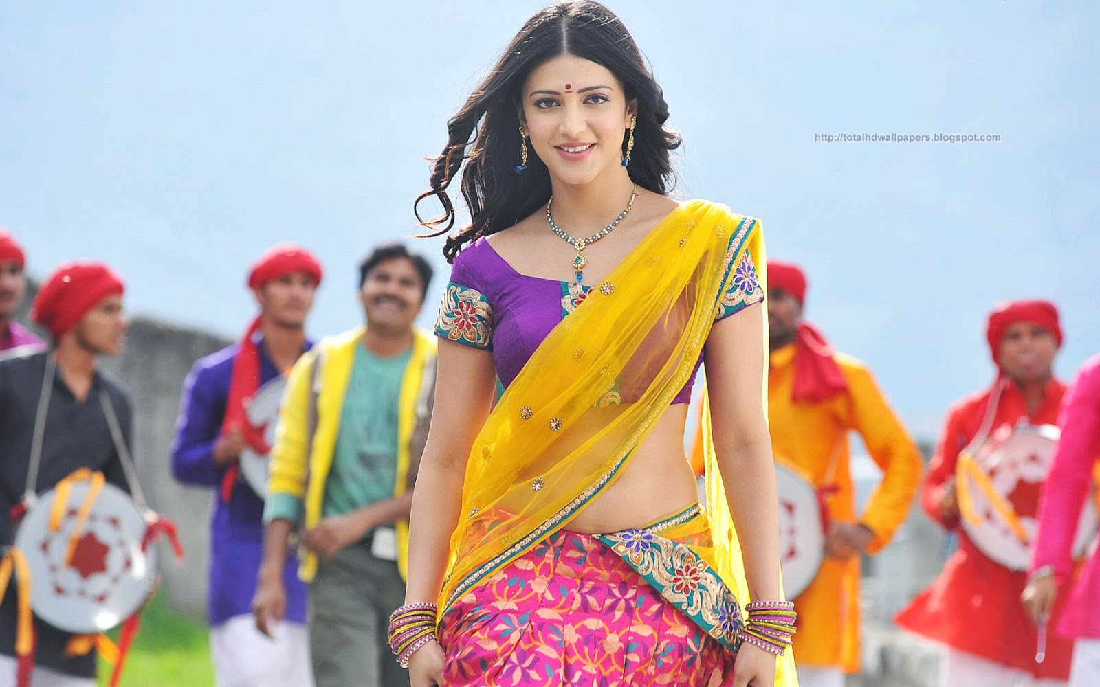 Telugu All Heroines Pictures Wallpapers: Wallpapers Heroine Telugu (40 Wallpapers)