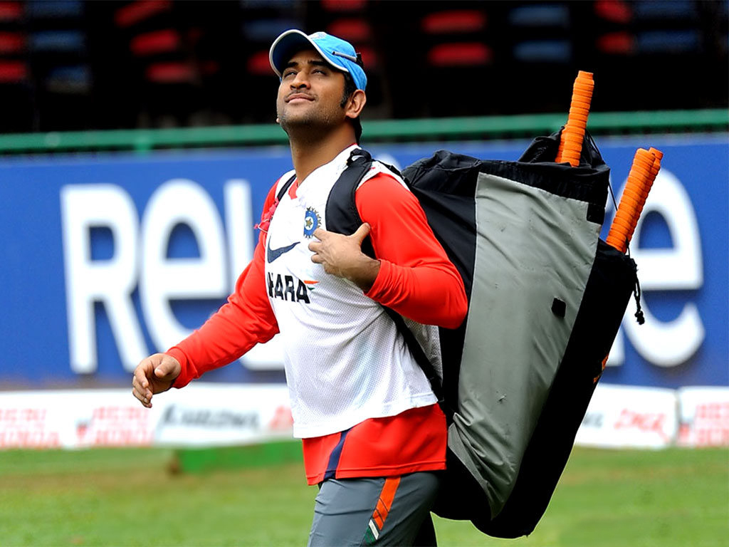 Wallpapers Of Mahendra Singh Dhoni 64 Wallpapers Adorable Wallpapers